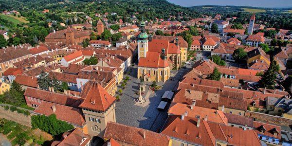 Kleine Stadt Roaming